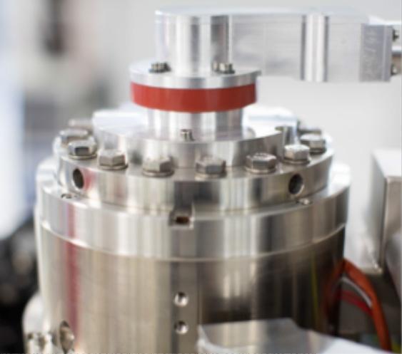 Gemini-type e-beam colum for broadest nanoengineering application bandwidth.