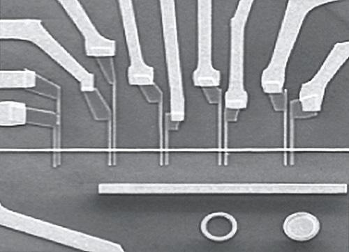 Metallic lateral spin valves