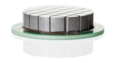 Piezo ceramic in an array structure for generating directed ultrasound. (Image: ELAC)