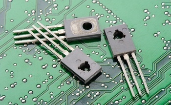 Nanowires Used In Novel Hybrid Transistor - New Technology
