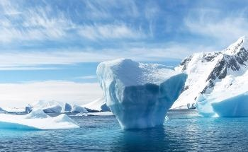 Heating up Graphene to Study Ice Formation