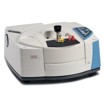 Nicolet™ iS20 FTIR Spectrometer - High-Quality Spectral Data