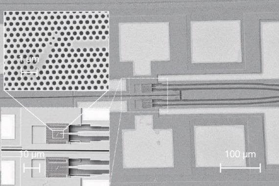 A pair of single-photon nodes in an integrated circuit.