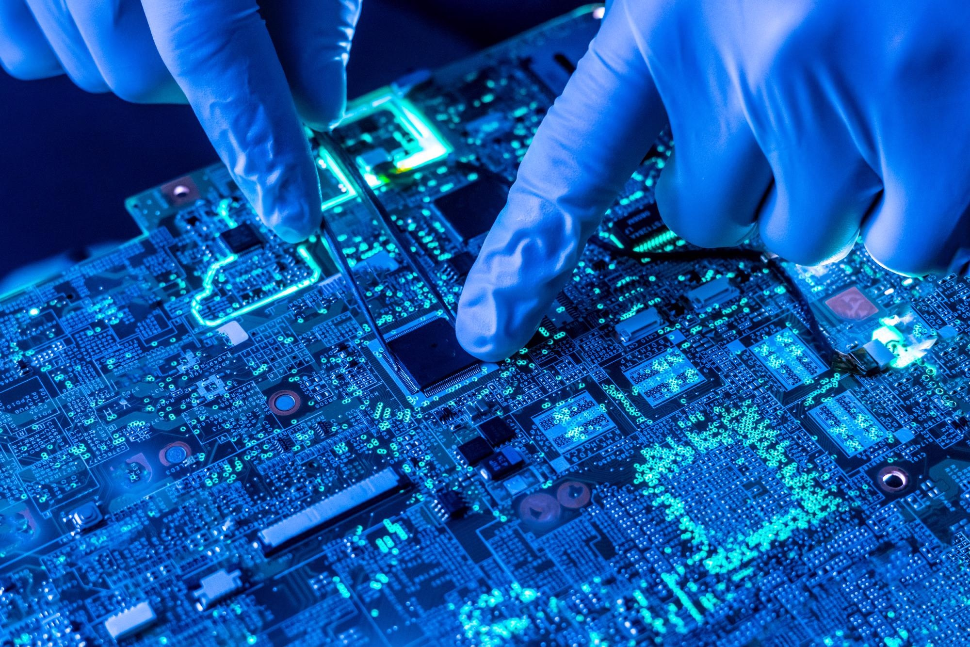 Study Sheds New Light on Moore's Law.