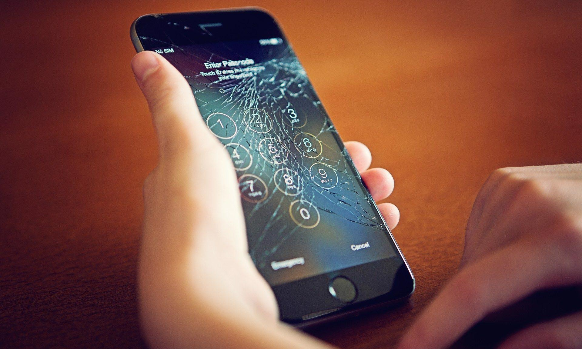 Science is Looking at Ways to Self-Heal Cellphones